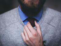 Thrift_Store_Columbus_Ohio_mens_sweater.jpeg
