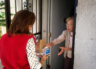 Meals on Wheels Holiday Delivery