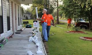 Home_20Depot_20Volunteers.jpg