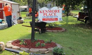 Kenmore_20Place_20Apartments_20Sign.jpg
