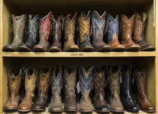 cowboy-boots-553668_960_720.jpg