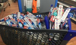 Shopping_20cart_20full_20of_20toothpaste.JPG