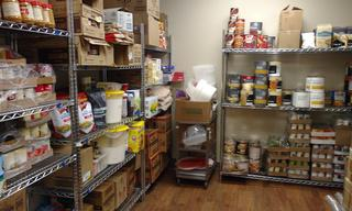 Check out the new pantry!  Lots of warm and healthy meals ahead for the people who need shelter at Crossroads.