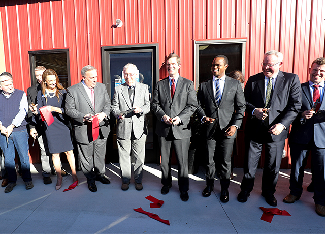Ribbon Cutting Nov 2019