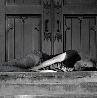 voa_nat_648x640-homeless
