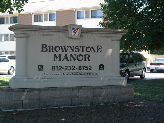 BROWNSTONE MANOR Photo