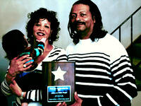 Anita_Willie_and_child_20700px.jpg