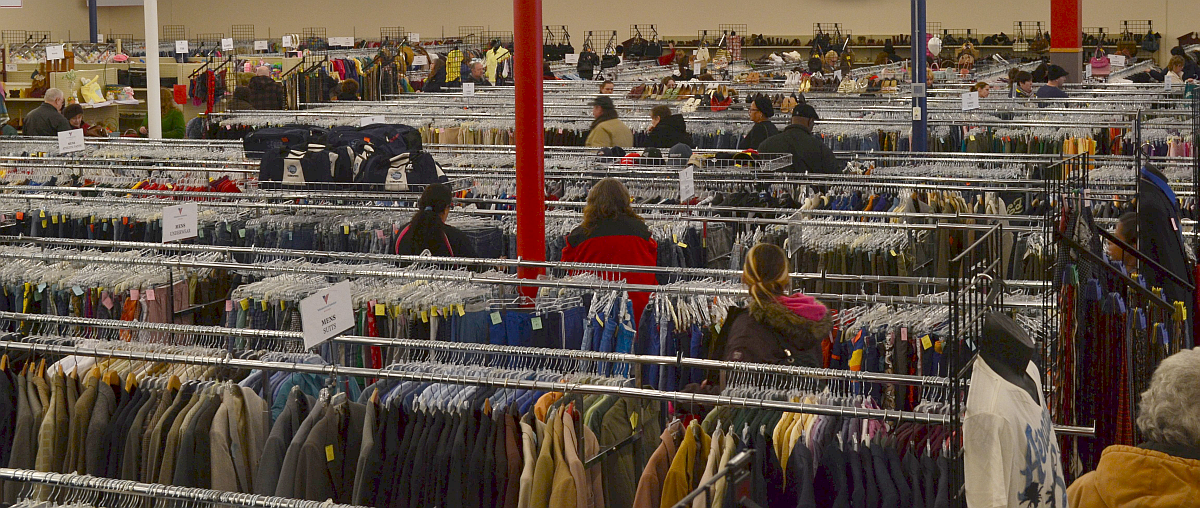 How to find designer clothes at thrift stores