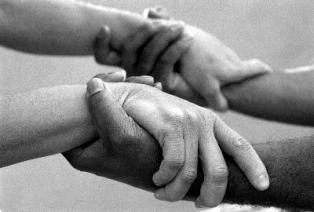 hands_for_MRDD_resized_3.jpg